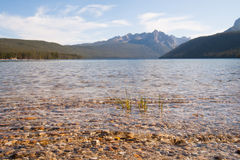 Redfish Lake and Sawtooth Mountains in Idaho Royalty Free Stock Images
