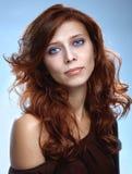 Redhair piękna kobieta zdjęcia stock