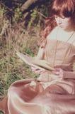 Redhead γυναίκα Στοκ εικόνες με δικαίωμα ελεύθερης χρήσης