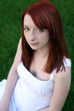 Redhead bonito adolescente com freckles Fotografia de Stock
