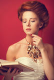 Redhead edwardian women Royalty Free Stock Photography