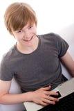 Redhead sorridente teenager Fotografie Stock