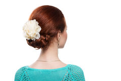 Redheaded flicka för frisyrer i studion Royaltyfria Bilder