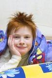 Redheaded gelukkige jongen Royalty-vrije Stock Foto