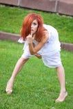 Redheadmädchen stockfotografie