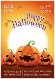 Redigerbar affisch för lycklig allhelgonaafton med le, skrämde och ilskna pumpor på orange bakgrund med fullmånen Lyckligt arkivfoton