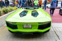 Redmond, WA - 29-ое апреля 2017: Экзотическая выставка автомобиля на городском центре Redmond Стоковые Изображения