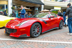 Redmond, WA - 29. April 2017: Exotische Autoshow bei Redmond Town Center Stockfoto