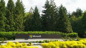 REDMOND, WASHINGTON, LOS E.E.U.U. 3 DE SEPTIEMBRE DE 2015: vista amplia del logotipo del Microsoft Windows y nombre en Seattle foto de archivo