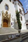 Średniowieczna ulica w Sitges, Hiszpania Fotografia Royalty Free