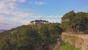 Średniowieczny forteca w lesie Fotografia Royalty Free