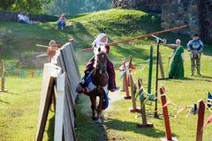 Średniowieczny historyczny festiwal, rycerze turniejowi Obraz Royalty Free