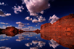 Redrock Reflexionen stockfotografie