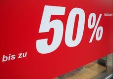 Reduziert för Bis-zu 50% (upp till den 50% rabatten) Royaltyfri Fotografi