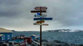 Reearchpost de post in van de Zuidpool, Antarctica stock foto's