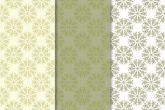 Reeks bleke olijf groene bloemenachtergronden Naadloze patronen Stock Afbeelding
