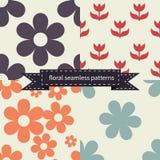 Reeks bloemen naadloze patronen Stock Afbeeldingen