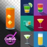 Reeks cocktails in transparante glazen Stock Afbeeldingen