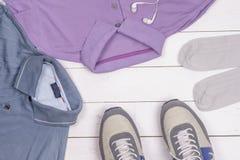 Reeks de kleding en schoenen van mensen Royalty-vrije Stock Foto's