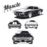 Reeks de pictogrammen en emblemen van de spierauto op witte achtergrond Royalty-vrije Stock Fotografie