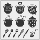 Reeks de uitstekende emblemen van de voedselstudio, etiketten en ontwerpelementen Kokende klasse, kokende cursussen, culinaire sc vector illustratie