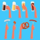 Reeks die beeldverhaalhanden bier en traditioneel Duits voedsel houden Stock Afbeeldingen