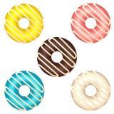 Reeks diverse kleurrijke die donuts op witte achtergrond wordt geïsoleerd Royalty-vrije Stock Afbeeldingen