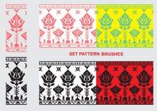 Reeks Etnische borstels van het ornamentpatroon Vector illustratie Stock Foto's