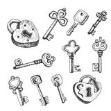 Reeks geïsoleerde sleutels in schetsstijl Stock Foto's