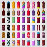 Reeks gekleurde geschilderde spijkers manicure samenstellings producten Stock Afbeelding