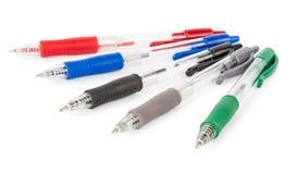 Reeks gekleurde pennen stock afbeelding
