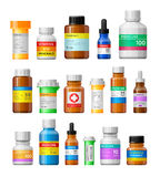 Reeks geneeskundeflessen met etiketten Stock Fotografie