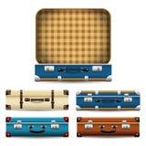 Reeks gesloten en open oude retro uitstekende koffers stock illustratie