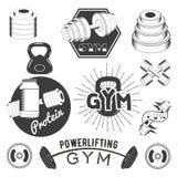 Reeks gymnastieketiketten in retro stijl Sportfitness emblemen, kentekens en emblemen voor ontwerp Vector illustratie Stock Afbeelding