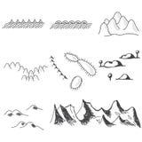 Reeks hand getrokken bergensymbolen in kaart Royalty-vrije Stock Afbeeldingen