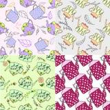 Reeks hand getrokken naadloze patronen met leuke theepotten Stock Afbeeldingen