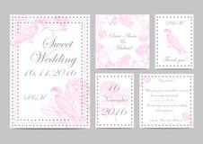 Reeks huwelijksuitnodigingen te tuinieren rozen en vogels handmade de illustratie met bloemen en slikt Stock Afbeelding