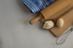 Reeks ingrediënten voor baksel worden gebruikt dat Stock Foto