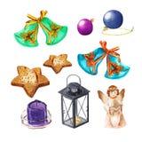 Reeks Kerstmisdingen Engel, ballen, klokken, lamp, kaars, koekjes De decoratie van waterverfkerstmis Stock Foto
