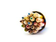 Reeks kleurenpotloden in een doos Royalty-vrije Stock Afbeeldingen