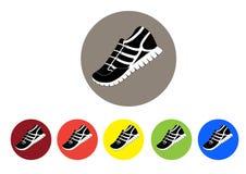 Reeks kleurrijke pictogrammen voor tennisschoenen, sport, illustratie Stock Afbeeldingen