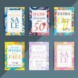 Reeks kleurrijke in verkoop en kortingsvliegers of banners voor o vector illustratie