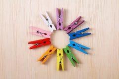 Reeks kleurrijke wasknijpers - Reeks 2 Royalty-vrije Stock Foto's
