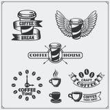 Reeks koffiekentekens, etiketten en ontwerpelementen De koffiewinkel verzinnebeeldt malplaatjes Stock Foto
