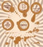 Reeks koffievlekken met zegels en plonsen Royalty-vrije Stock Afbeeldingen