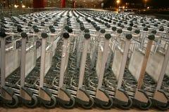 Reeks lege bagagewagens Royalty-vrije Stock Foto