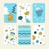 Reeks leuke de winterkaarten Mooie vogels, Kerstmisbomen, sneeuwvlokken, vuisthandschoen en laars stock illustratie