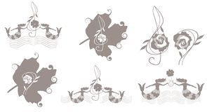 Reeks leuke muziekemblemen met baarzen en g-sleutels en muzikale heersers in vorm van oceanic golven, meerminnen en bladeren vector illustratie