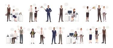 Reeks mannelijke en vrouwelijke beambten die aan elkaar spreken Bedrijfsmensen of bedienden die met collega's communiceren royalty-vrije illustratie
