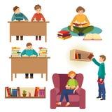Reeks mensen, studenten die boeken in bibliotheek lezen vector illustratie